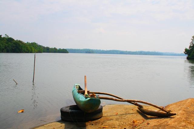 Katamaran am Koggala See