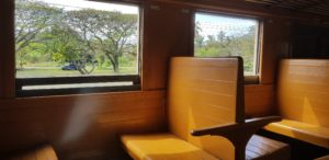 Bahn fahren Holzklasse Thailand